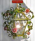 Lanterna Romantica. Con Rose e foglie d'edera