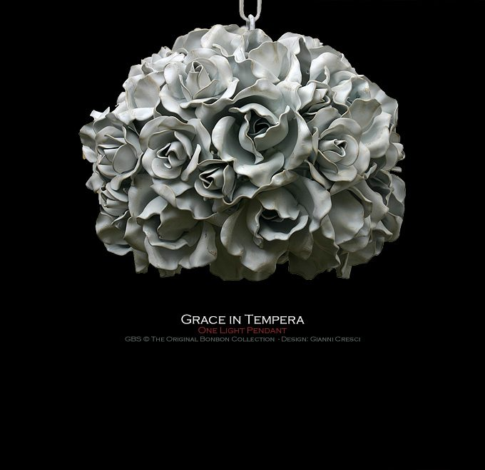 Grace. 1 light. Pendant Light. White Color. With Roses
