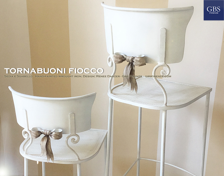 Scegli versione della Tornabuoni Fiocco: Sedia o Sgabello.