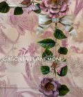 Cascata di Anemoni. Con Fiocco e Farfalle. Asta da tenda doppia, con singola o doppia cascata di fiori e foglie e anemoni.