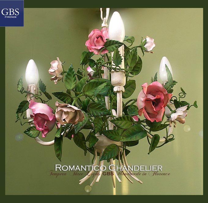 Piccolo Lampadario Romantico a 3 luci, rose rosa