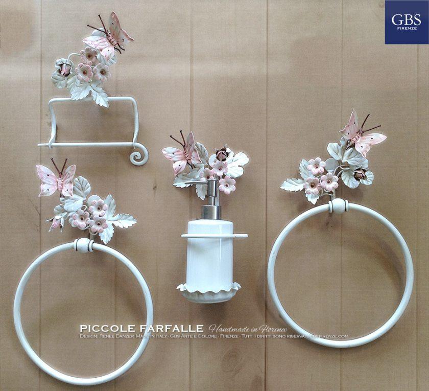 Accessori per il bagno. Collezione Piccole Farfalle. Nell'immagine: finituraBianco e Rosa Baby in smalto. Ferro battuto e decorato a mano