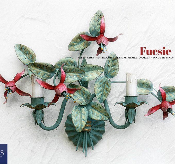 Fucsie. Applique a due luci. Ferro battuto e decorato a mano. Design: Renee Danzer. GBS. Made in Florence