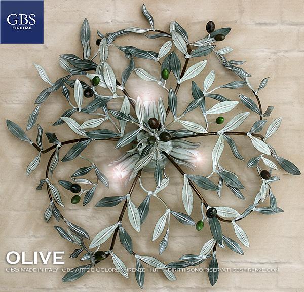 Plafoniera Olive 3 Luci, rotonda, luci centrali, tempera muffata, dettagli lumeggiature in oro foglia.